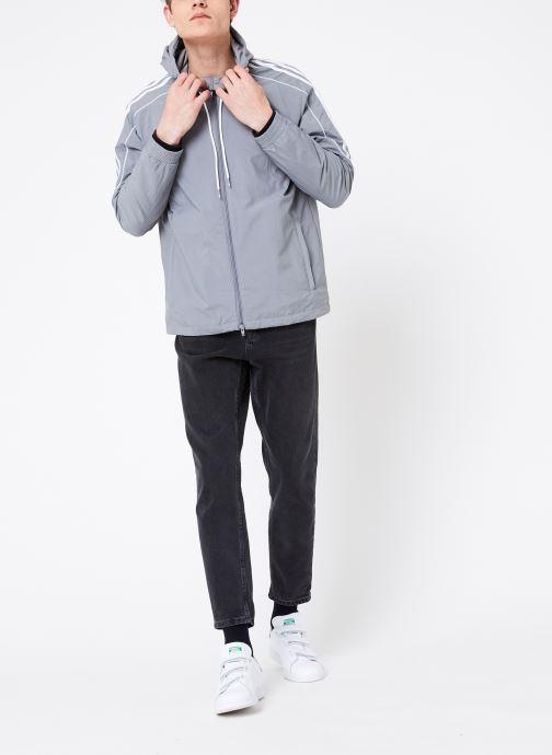 Vêtements adidas originals Radkin Wb Gris vue bas / vue portée sac