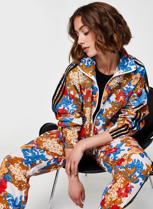 Vêtements adidas originals Track Top Multicolore vue détail/paire