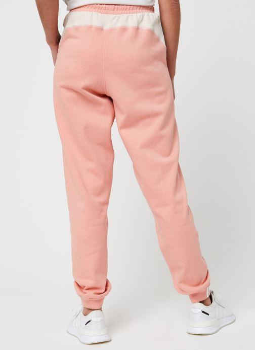 Vêtements adidas originals Pant Rose vue portées chaussures