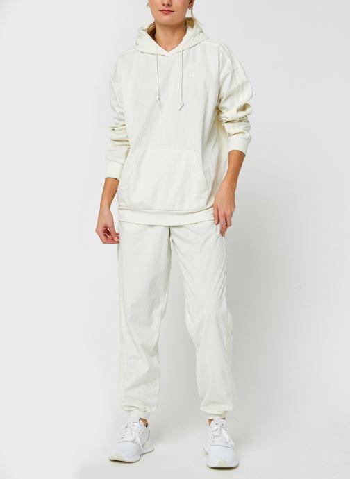 Vêtements adidas originals Pant Blanc vue bas / vue portée sac