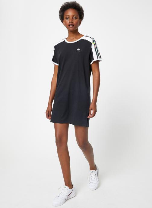 Vêtements adidas originals Dress Noir vue bas / vue portée sac