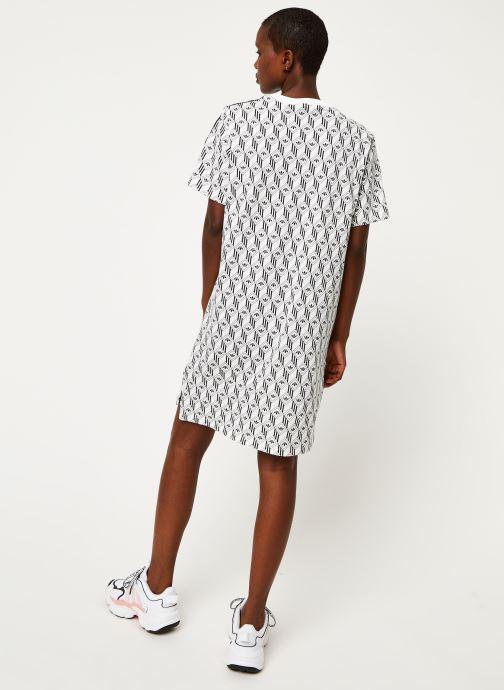 Vêtements adidas originals Tee Dress Blanc vue portées chaussures