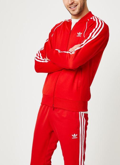 Vêtements adidas originals Sst Tt Rouge vue droite