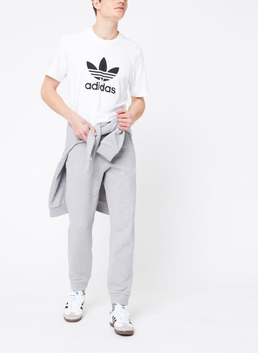 Vêtements adidas originals Trefoil Pant Gris vue bas / vue portée sac