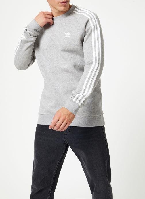 Vêtements adidas originals 3-Stripes Crew Gris vue droite