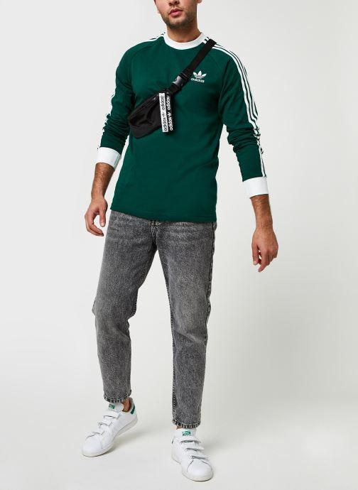 Vêtements adidas originals 3-Stripes Ls T Vert vue bas / vue portée sac