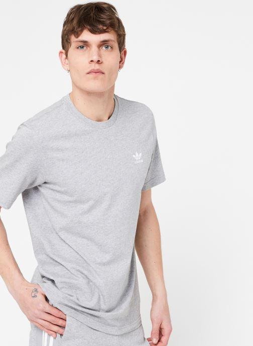 Vêtements adidas originals Essential T Gris vue détail/paire
