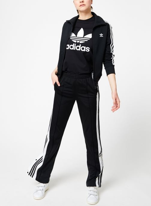 Vêtements adidas originals Tt Noir vue bas / vue portée sac