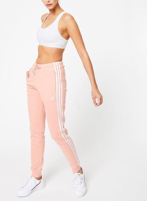 Vêtements adidas originals Regular Tp Cuf Rose vue bas / vue portée sac