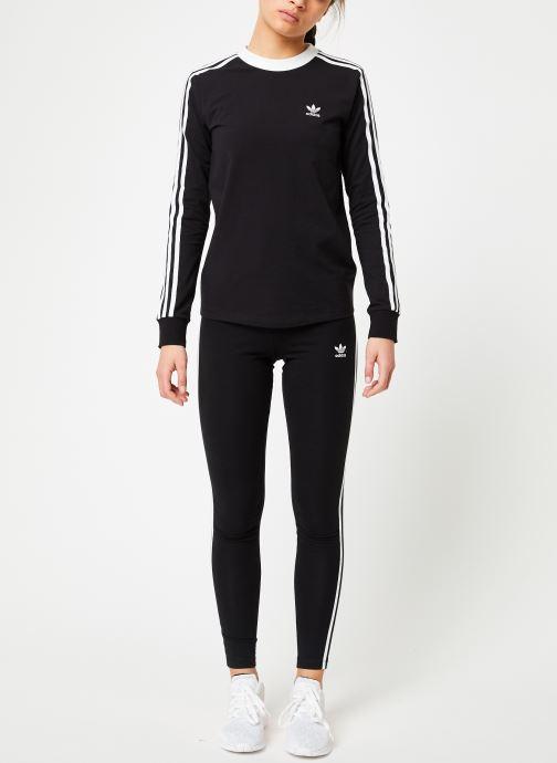 Vêtements adidas originals 3 Stripes Ls Tee Noir vue bas / vue portée sac