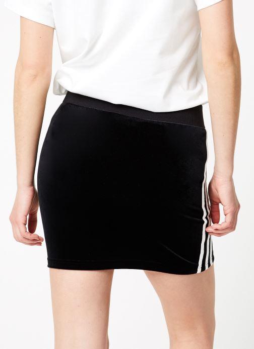 Vêtements adidas originals 3 Stripes Skirt Noir vue portées chaussures