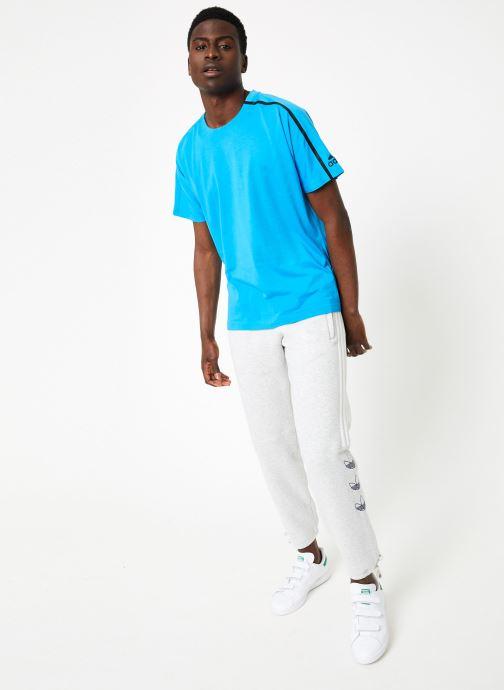 Vêtements adidas originals Ft Sweatpant Blanc vue bas / vue portée sac