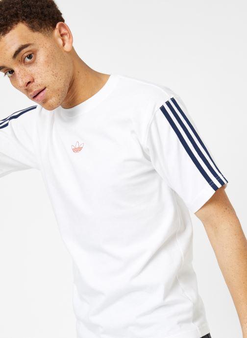 Kläder Adidas Originals Floating Tee Vit detaljerad bild på paret