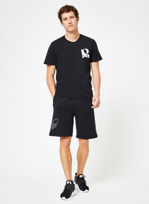Vêtements adidas originals Ft Otln Short Noir vue bas / vue portée sac