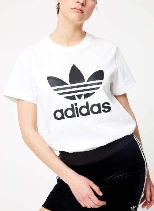 Vêtements adidas originals Boyfriend Tee Blanc vue détail/paire