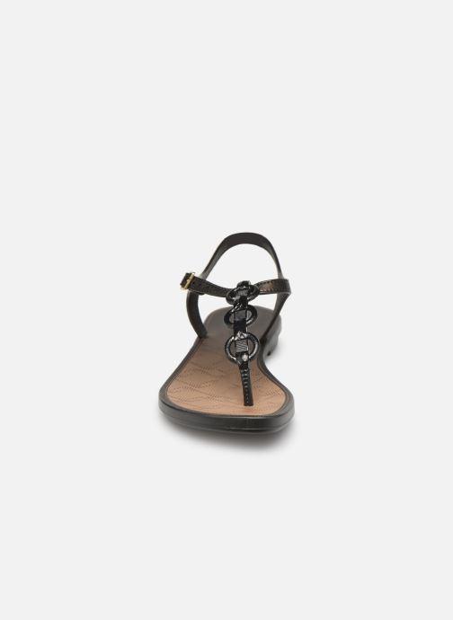 Sandalen Grendha Chains Sandal schwarz schuhe getragen