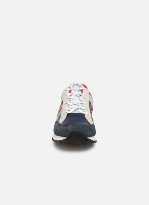 Sneaker Tommy Hilfiger Casual Retro Sneaker mehrfarbig schuhe getragen