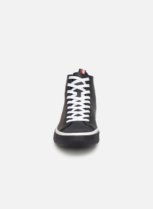 Baskets Tommy Hilfiger Unlined Mid Cut Leather Sneaker Noir vue portées chaussures