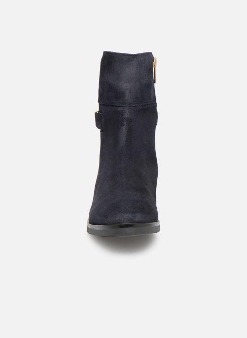 Bottines et boots Tommy Hilfiger TH Buckle Bootie Stretch Bleu vue portées chaussures