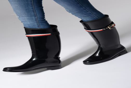 Stiefel Tommy Hilfiger Corporate Belt Long Rain Boot schwarz ansicht von unten / tasche getragen