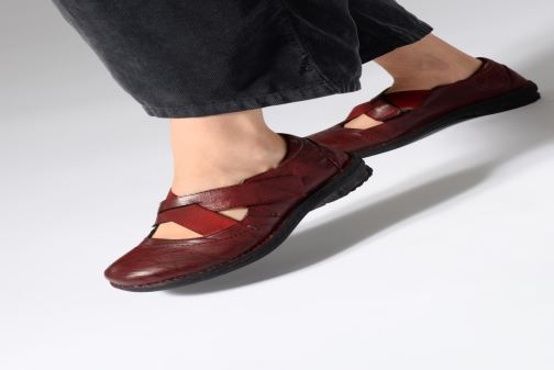Ballet pumps Khrio Scarpa 1001 Burgundy view from underneath / model view
