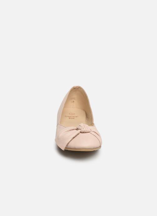Ballerines CARREMENT BEAU BALLERINE NŒUD Y19036 Rose vue portées chaussures