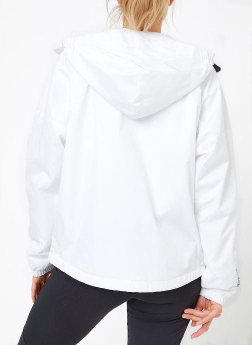 Vêtements adidas performance W WND JKT FL Blanc vue portées chaussures