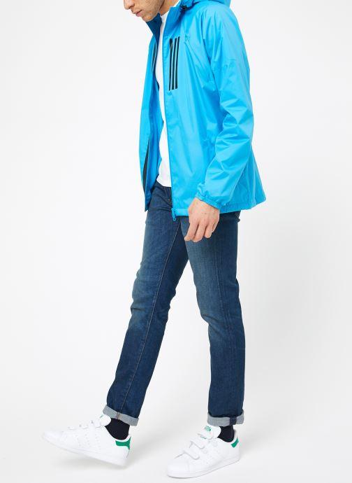 Vêtements adidas performance M WND JKT FL Bleu vue bas / vue portée sac