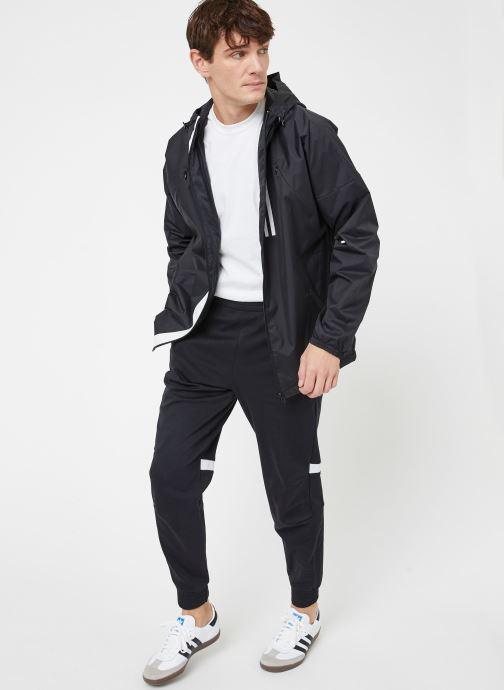 Vêtements adidas performance M WND PT Noir vue bas / vue portée sac