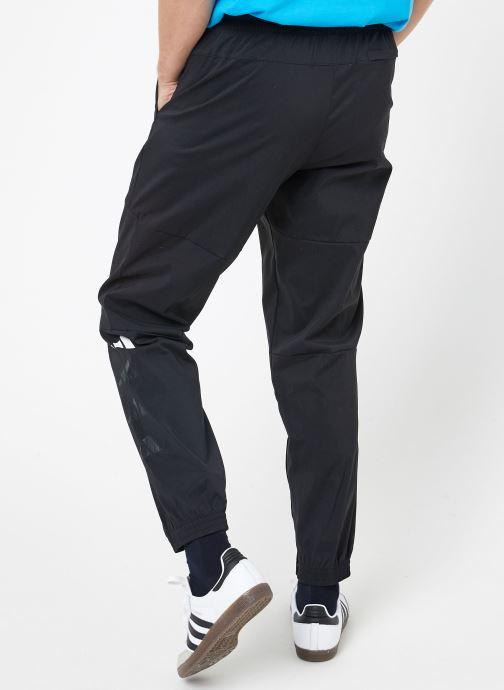 Vêtements adidas performance The Pack Pant Noir vue portées chaussures