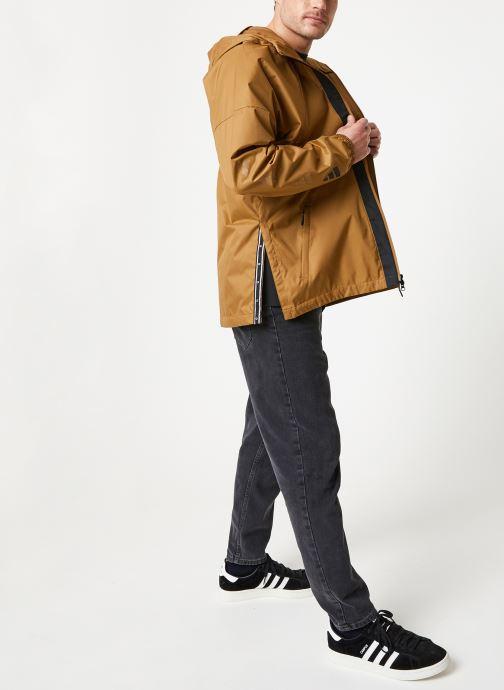 Vêtements adidas performance The Pack WND Marron vue bas / vue portée sac
