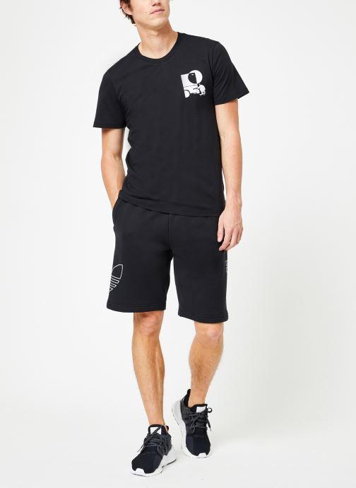 Vêtements adidas performance Brazee Tee Noir vue bas / vue portée sac