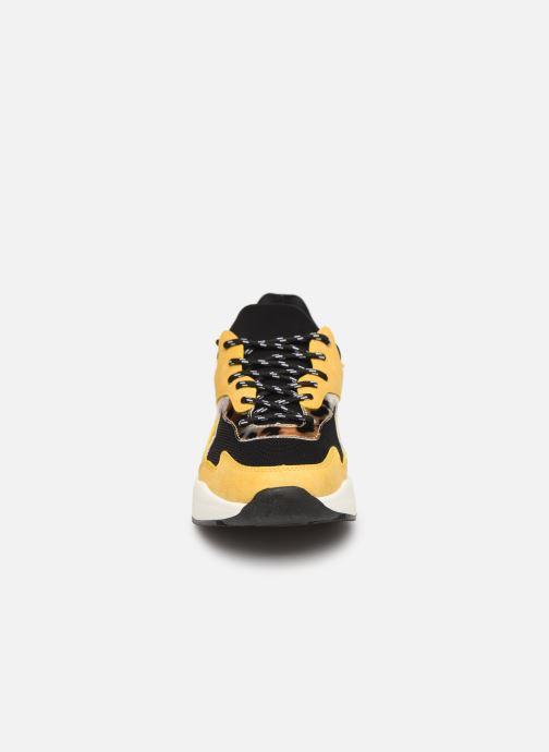 Baskets I Love Shoes THANDEM Jaune vue portées chaussures