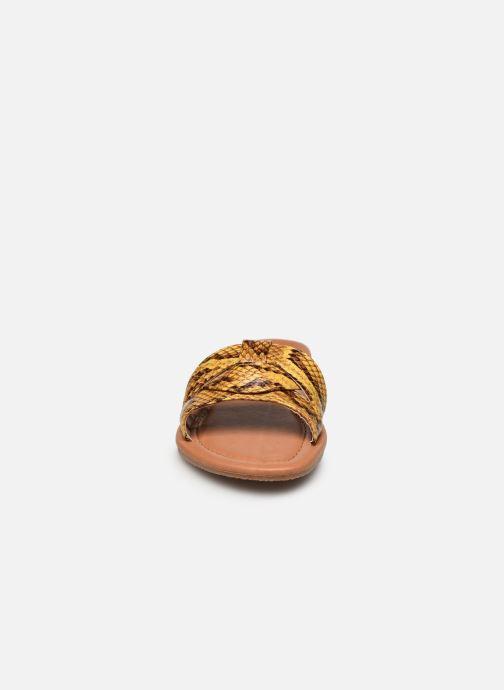 Zuecos I Love Shoes THUTTI Amarillo vista del modelo