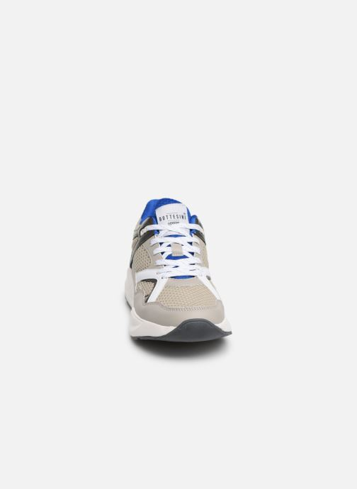 Trainers I Love Shoes THELDA Grey model view