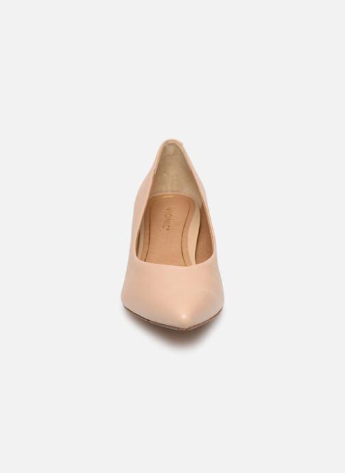 High heels Vionic Kit Josie Beige model view