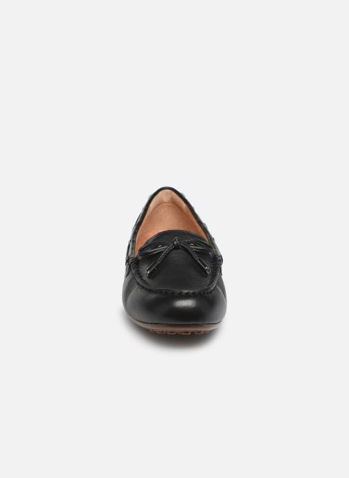 Loafers Vionic Honor Virginia L Black model view