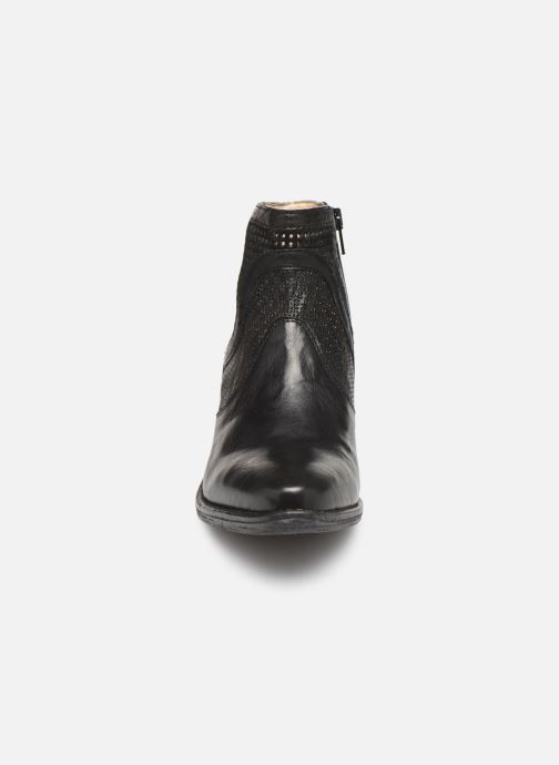 Ankle boots Khrio 11062 Black model view