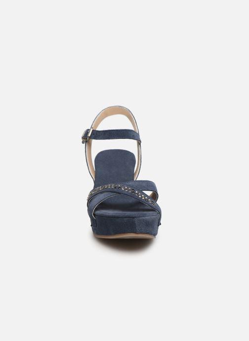 Sandali e scarpe aperte Khrio 11087 Azzurro modello indossato