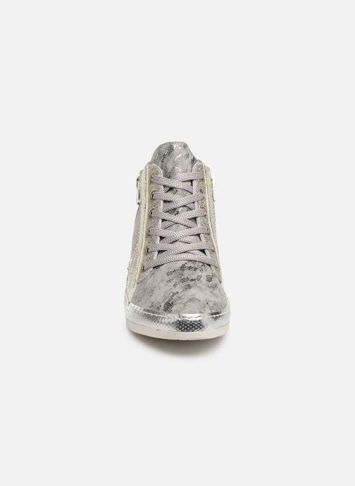 Sneaker Khrio Alumtoo silber schuhe getragen