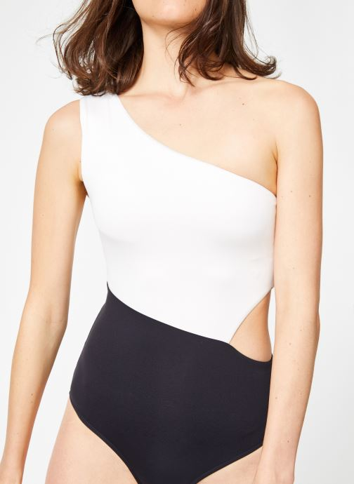 Vêtements Seafolly POP BLOCK ONE SHOULDER Noir vue détail/paire