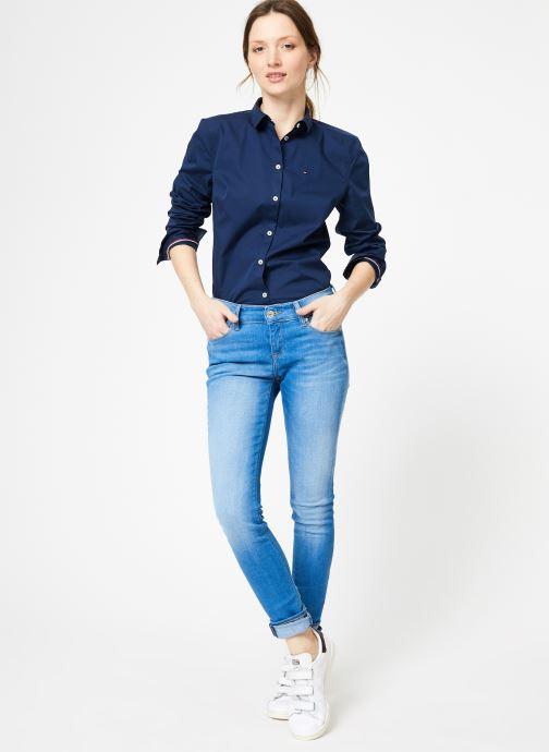 Vêtements Tommy Jeans TJW ORIGINAL STRETCH SHIRT Bleu vue bas / vue portée sac