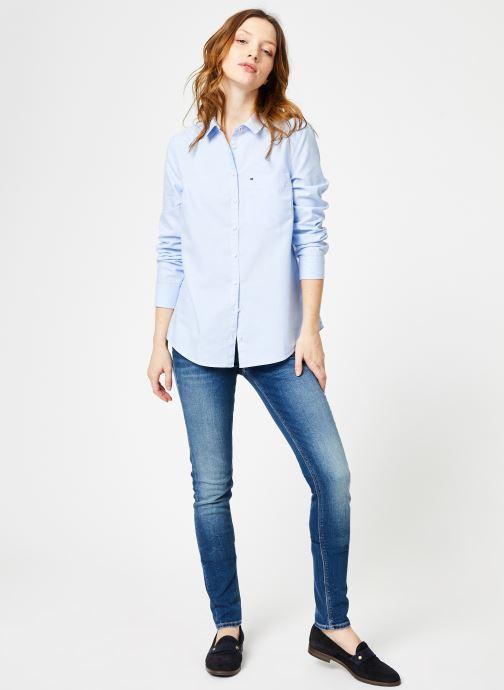 Vêtements Tommy Jeans TJW ORIGINAL LIGHT OXFORD SHIRT Bleu vue bas / vue portée sac