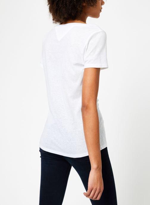 Vêtements Tommy Jeans TJW ORIGINAL TRIBLEND TEE Blanc vue portées chaussures