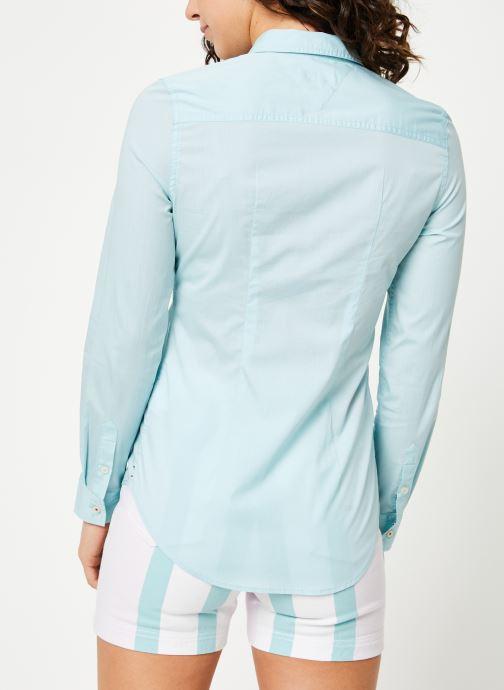 Tøj Tommy Jeans TJW SLIM FIT POPLIN SHIRT Blå se skoene på