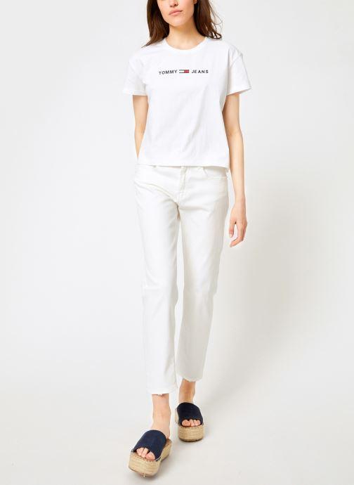 Vêtements Tommy Jeans TJW CLEAN LINEAR LOGO TEE Blanc vue bas / vue portée sac