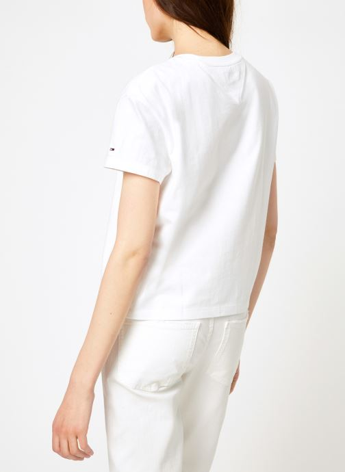 Vêtements Tommy Jeans TJW CLEAN LINEAR LOGO TEE Blanc vue portées chaussures