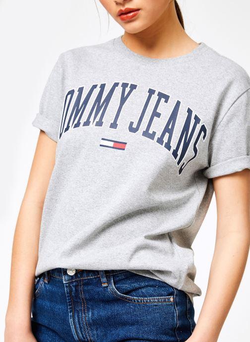 Kleding Tommy Jeans TJW COLLEGIATE LOGO TEE Grijs detail