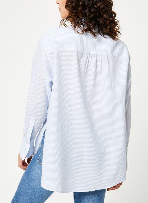 Kleding Tommy Jeans TJW DRAPEY STRIPE LONGSLV SHIRT Blauw model