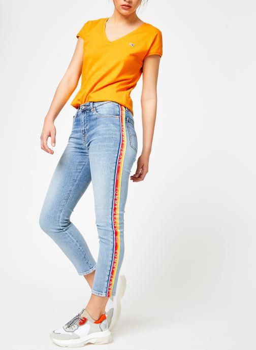 Vêtements Tommy Jeans TJW ESSENTIAL V-NECK TEE Jaune vue bas / vue portée sac